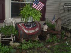 This is so darling it reminds me of a patriotic fairy garden. LOVE for Flag Day through Labor Day. Flea Market Gardening, Garden Junk, Wooden Garden, Old Wagons, Red Geraniums, Garden Inspiration, Garden Ideas, Backyard Ideas, Patriotic Decorations