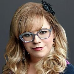 CSCL 1001 District 12: Geeks and Glasses. Kirsten Vangsness, Penelope Garcia, Criminal Minds, Beautiful Person, American Actress, Hair Cuts, Hair Color, Hair Beauty, Actresses