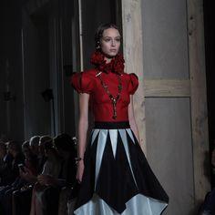 Maria Grazia Chiuri's Dramatic Final Collection for Valentino - -Wmag