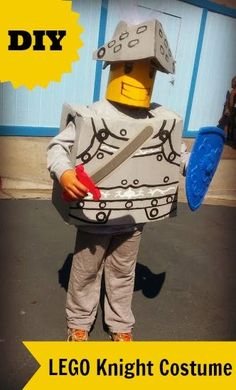 DIY LEGO Knight Costume - turn your child into their favorite LEGO character with some cardboard and paint! Easy Diy Costumes, Homemade Halloween Costumes, Halloween Crafts For Kids, Boy Costumes, Diy Halloween Decorations, Halloween Themes, Halloween Party, Halloween Stuff, Costume Ideas