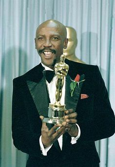 """Louis Gossett Jr. (Best Performance by an  Actor in a Supporting Role """"An Officer and a Gentleman"""" 1982)"""