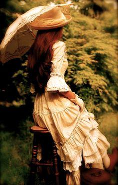"""Princess, don't forget your parasol!"" | HR"