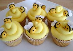 Bee Topper Cupcakes ideas for kids birthday