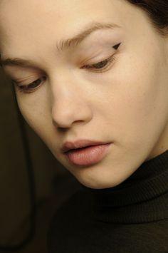 minimalist eyeliner - Erdem AW13