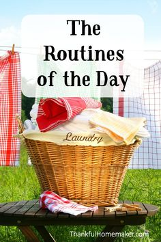 Having routines set in your day can make the whole day run smoothly and those routines tend to become habits over time. Diy Cleaning Products, Cleaning Hacks, Cleaning Routines, Cleaning Schedules, Cleaning Checklist, Vintage Housewife, 1950s Housewife, Christian Homemaking, Flylady