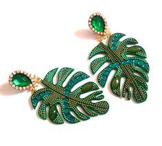Beaded Bracelets, Brooch, Luxury, Jewelry, Fashion, Accessories, Brooch Pin, Jewellery Making, Jewlery