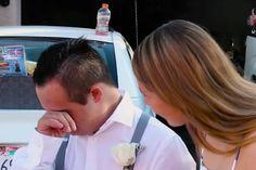Nadie quiere ser su pareja para el baile  entonces una extraña aparece y se llevan la gran sorpresa!
