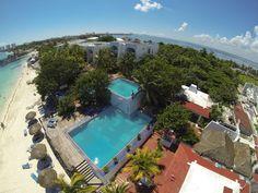5. Maya Caribe Beach House by  Faranda Hotels. Uno de los hoteles más antiguos de Cancún, su playa es muy tranquila, cuenta con instalaciones básicas, es un hotel de 3 estrellas digno para unas vacaciones económicas con la familia.
