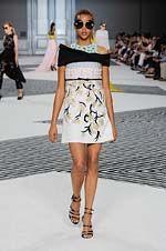 59-Giambattista Valli Fall/Winter 2015/2016 Haute Couture Collection