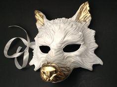Weißgold Wolf Maskerade Maske für Neujahr Kostüm verkleiden | Etsy Masquerade Ball Party, Mens Masquerade Mask, Wolf Maske, Grim Reaper Costume, Creepy Facts, Painted Sticks, Types Of Painting, Mask Party, Easy Paintings