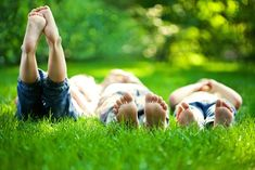Summer Boredom Busters for Kids: When summer boredom creeps in, pull out this bucket list of fun summer activities sure to keep the whole family entertained. Summer Days, Summer Fun, Free Summer, Summer Picnic, Chronischer Stress, Organic Lawn Care, Summer Boredom, Are Essential Oils Safe, Boredom Busters