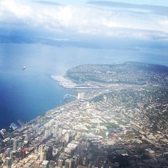 Flying into Sea-Tac Airport in Seattle for American Alliance of Museums, 2014