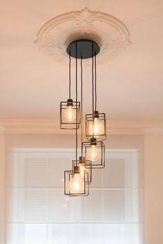 Verlichting Modern Lighting Design, Luxury Lighting, Interior Lighting, Dining Room Light Fixtures, Dining Room Lighting, Hall Lighting, Sconce Lighting, Industrial Chandelier, Chandelier In Living Room