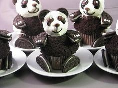 Funny pictures about Oreo Panda Cupcakes. Oh, and cool pics about Oreo Panda Cupcakes. Also, Oreo Panda Cupcakes photos. Panda Cupcakes, Oreo Cupcakes, Cute Cupcakes, Chocolate Cupcakes, Cupcake Cakes, Cup Cakes, Oreo Cookies, Cupcake Ideas, Chocolate Chip Muffins