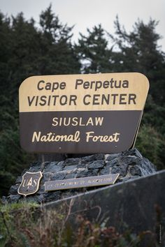Cape Perpetua Visitor Center in Siuslaw National Forest on the Oregon Coas, USA. National Forest, Oregon, Cape, Travel Photography, Wanderlust, Usa, Mantle, Cabo, U.s. States
