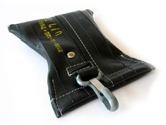 MP3-Player-Taschen - i.D.tube mit Karabiner - ein Designerstück von KWD bei DaWanda