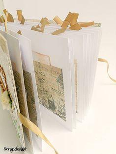 Vintage kniha hostí s kartičkami