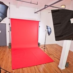 I'd love to one day put my photography skills to use-- maybe when my kids are a little older I can start working at a local studio or something. Otherwise my degree is gathering dust!