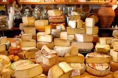 France has over 400 types of cheese O.o