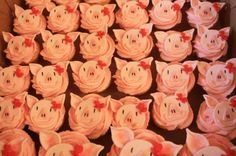 Olivia the Pig Cupcakes By norfred on CakeCentral.com