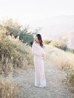 Etsy - BebeKStudios - Camille Lace Maternity Gown & Lining