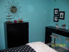 tiffany blue girls bedroom - Google Search
