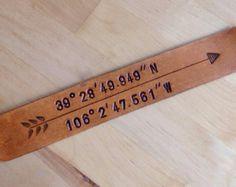 Marcador de cuero de regalo longitud latitud GPS coordina amor marcador personalizado regalo libro amante 3er regalo de aniversario
