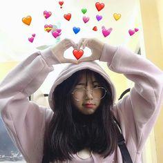 Save=Follow #Mie Pretty Korean Girls, Cute Korean Girl, Asian Girl, Korean Boys Ulzzang, Ulzzang Girl, Girl Emoji, Girl Korea, Western Girl, Hot Teens