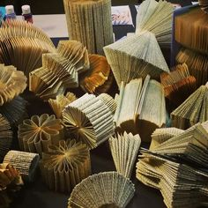 Book Folding by www.settingthemood.biz