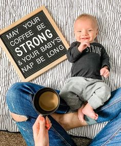 Fantastic baby nursery tips are offered on our site. Take a look and you wont be sorry you did. Funny Baby Pictures, Newborn Pictures, Milestone Pictures, Monthly Baby Photos, Baby Boy Photos, Baby Letters, My Bebe, Foto Baby, After Baby
