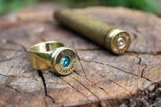 ring of bullets 375 HH Magnum by MoranaDeath on DeviantArt Bullet Casing Crafts, Bullet Casing Jewelry, Bullet Crafts, Shotgun Shell Jewelry, Ammo Jewelry, Brass Jewelry, Jewlery, Bullet Ring, Bullet Art
