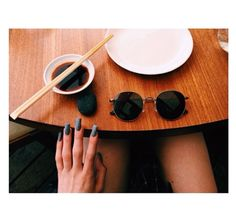 Photo | 11 Kylie Jenner Nails that Are Shining Examples of the Acrylic Manicure | Bustle