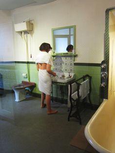 Edwardian Bathroom Grosvenor Museum Chester
