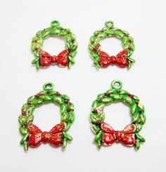 4 Hand Painted Wreath Charms Green Christmas Wreath Red Bow Red Berries by WhispySnowAngel on Etsy