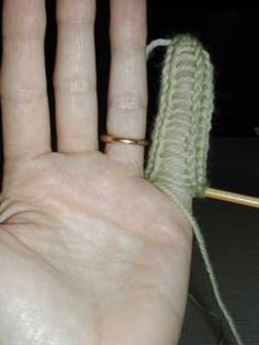 instructions for knitting glove fingers using I-cord, AND closing up the nigh-inevitable ladder/gap, from nonaKnits.
