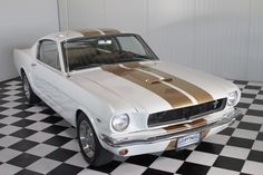 For sale now at PTTM this Off white Ford Mustang Fastback GT350 Shelby from 1965 with a 302 hi-po.