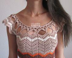 Vestido étnico de crochet chevrons Celeida Ribeiro. Tamanho P/M. Disponível. Usei o fio Bella Fhasion e agulha 2,50 mm. Cores usadas:Marr...