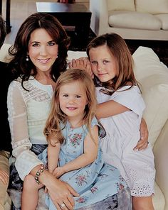 Princess Isabella and Princess Josephine with their mother crown princess Mary of Denmark 2014 Crown Princess Mary, Prince And Princess, Denmark Royal Family, Danish Royal Family, Princesa Mary, Casa Real, Royal Life, Royal House, Queen Mary