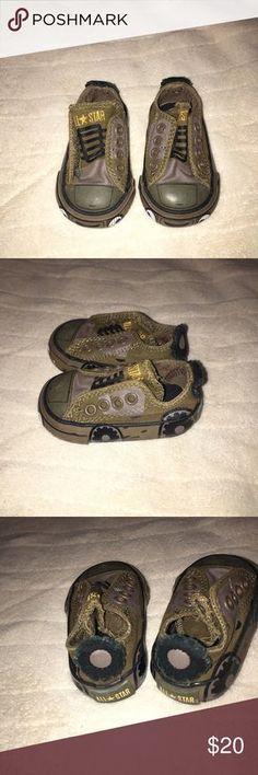 All Star Converse Infant Shoes JEEP shoes Sz 2 Shoe looks like a jeep please see photos looks brand new Infant Sz 2 all star converse Shoes