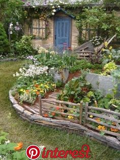 7 Healthy Clever Tips: Fairy Garden Ideas Furniture backyard garden design simple.Little Garden Ideas Tutorials backyard garden pergola yards.Veggie Garden Ideas On A Budget. Rustic Gardens, Outdoor Gardens, Modern Gardens, Dream Garden, Garden Art, Easy Garden, Garden Oasis, Garden Kids, Garden Whimsy