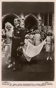 10x8 Inch (25x20cm) Print - High quality print. Wedding of Lord Louis Mountbatten and Miss Edwina Ashley leaving St Margarets Church, Westminster, London on 18th July 1822. Date: 1922. 1822, 18th, ashley, bride, bridegroom, bridesmaids, edwina, groom, happy, july, leaving, lord, louis, margarets, miss, mountbatten, train, wedding, westminster. Image supplied by Mary Evans Prints Online. Product ID:dmcs_11562704_6947_0 Vintage Wedding Photos, 1920s Wedding, Wedding Pictures, Vintage Weddings, Wedding Gowns, Wedding Shot, Wedding Dj, Wedding Couples, Vintage Photos