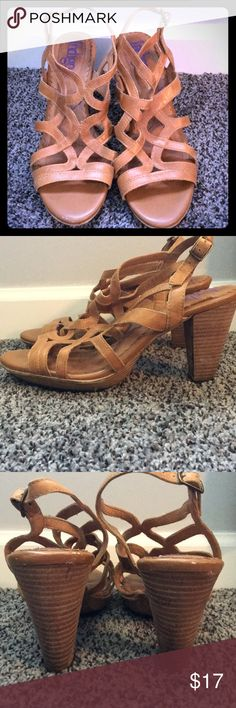 💋👡Gorgeous Camel High Heel Sandals!! Indigo 3 1/2 inch heel camel colored sandal! Absolutely beautiful! Leather upper with the rest being man-made materials. Used condition with a lots of life left! Pet free smoke free. Indigo Shoes Sandals