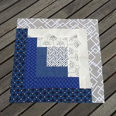 So .... I started a new quilt This was is sooooo long in the making. Couldn't decide what to make, design wise. Borrowed @jackiegillies log cabin ruler today and it's awesome. This is a 12 inch block and I need to make a big quilt. Perfect!! Very satisfying make. ••• #logcabinquilt #navy #white #quilt #quilting #lilpiplogcabin