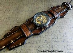 Leather Wrist Watch Steampunk Men's watch by CuckooNestArtStudio find that perfect wrist watch here today! Leather Cuffs, Leather Jewelry, Men's Jewelry, Leather Purses, Cool Watches, Watches For Men, Men's Watches, Wrist Watches, Pocket Watches