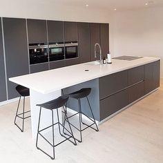 Beautiful #tintagreybykvik kitchen in @rebecca_inspo new house We love it❤️