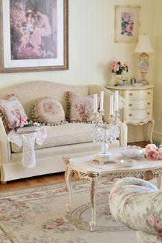 Sweetly feminine, subtly shabby living room decor at its loveliest. #shabby #chic #living #room #home #decor #vintage