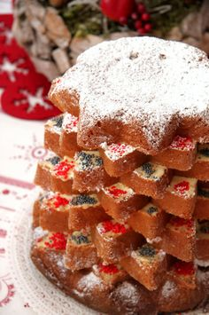 ricetta pandoro farcito. I don't know what is this, but this looks AMAZING