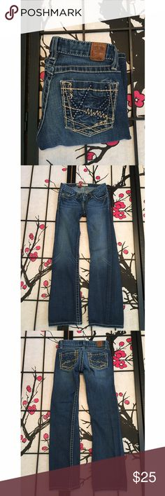 BKE Stella Stretch Bootcut Jeans Measurements - Waist 13in / Inseam 28 1/2in / Length 34in In beautiful condition. Has stretch. Buckle Jeans Boot Cut
