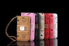 可愛いウィメンズ用MCMiPhone携帯ケースは人気な手帳型、カード収納、ストラップ付きブランドケースです。エレガンスなMCM銅標付き、周りはおしゃれなスタッズで飾られます。一番長持ちのPUレザーを採用して、細部までこだわりの高品質なスマホカバーです。 商品名:MCM iPhone7plus 手帳型ケース 韓国風 エムシーエム アイフォン7 ケース リベット付き ブランド iPhone7 ケース ストラップ付き