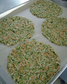 Jo and Sue: Zucchini Cheese Wedges Zucchini Tortilla, Zucchini Cheese, Bariatric Eating, Bariatric Recipes, Ketogenic Recipes, Healthy Snacks, Healthy Eating, Healthy Sides, Protein Snacks